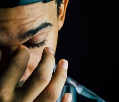 Nocturnal panic attacks affect a significant proportion of people.